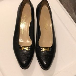 Women's  black Salvatore Ferragamo pumps